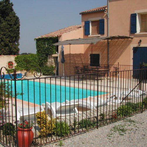 Clôture pour piscine réalisée par Ferronnerie Martinelli