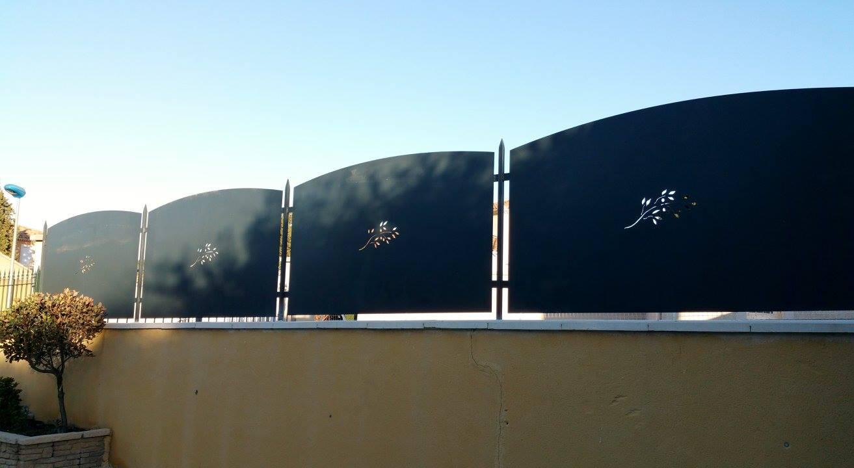 Brise-vue en métal pour clôture par Ferronnerie Martinelli Vaucluse 84